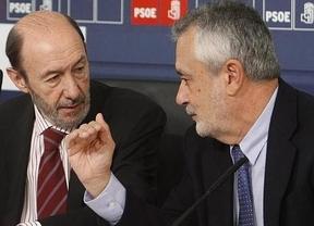 García-Page cree que Griñán debe seguir en el PSOE