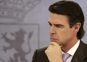 Soria defiende un 'saneamiento' en Paradores