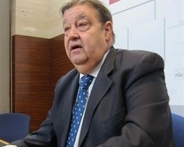 Los 24 diputados del PSOE piden la dimisión de Cospedal por no comparecer en las Cortes sobre la supuesta comisión al PP-CLM