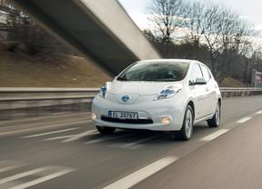 Nissan mejora la garantía de la batería de su modelo LEAF para sus clientes