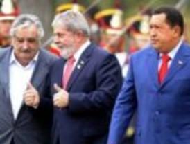 La UNASUR resaltó la tarea de Kirchner en pos de la unidad de los pueblos