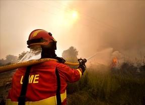 El Gobierno, ¿copartícipe del fraude laboral al usar parados contra los incendios?