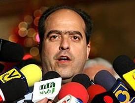 Verguenza para el país: Cuatro 'extranjeros' suspendidos por 'juerga'