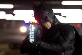 La niña de Batman se va de la lengua y desvela su personaje secreto en 'The Dark Knight Rises'