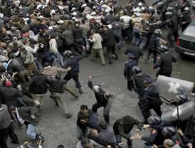 Disuelven fuertes protestas en Marruecos