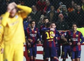 Semana 'mirabilis' de Messi: también máximo goleador en Champions con su triplete ante un débil Apoel (0-4)