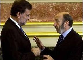 PP y PSOE cierran el 'capítulo real', pero la izquierda exige que se regulen sus viajes