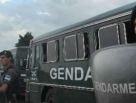 La Gendarmería cercó el predio de Soldati hasta que finalice el conflicto