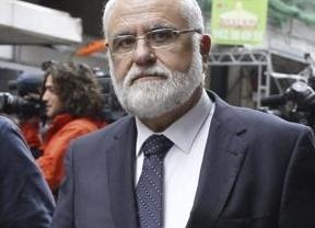 El presidente del Parlamento valenciano confiesa que estuvo en Génova justo el día en que Bárcenas le atribuyó unos pagos