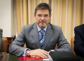 Interpol no detuvo a los ex ministros franquistas por la
