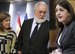 Soraya Rodríguez se crece ante la vicepresidenta y Cañete e insiste en sus acusaciones sobre los sobresueldos