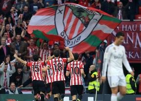 El Athletic culmina una semana perfecta y el Real Madrid ve peligrar su liderato (1-0)