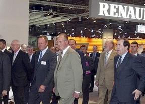 El Rey inaugura la línea de producción del Renault Captur, en el 60 aniversario de la marca en España