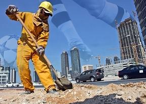 Catar reacciona, en teoría, y promete a proteger a los trabajadores de la construcción tras el informe de Amnistía