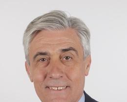 Hallan sin vida en un hotel bilbaíno a la esposa del portavoz adjunto del PP en el Senado Tomas Burgos Beteta