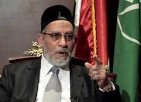 Detenido el líder de los Hermanos Musulmanes, Mohamed Badie: acusado de instigar al asesinato de manifestantes contra Mursi