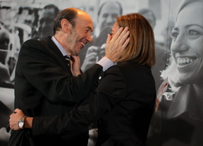Las bases del PSOE se rebelan: piden que Chacón y Rubalcaba dimitan como ejecutivos