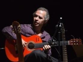 La guitarra flamenca y mágica del gran Miguel Rivera nos lleva a un 'Paseo de ensueño'