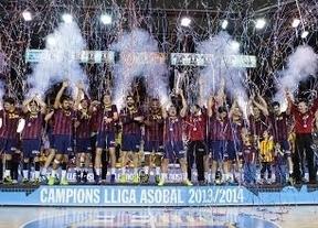 Lección de los modestos balonmaneros del Barça a los futboleros: campeones ganando todos los partidos entre otros récords