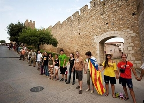 Cataluña celebra la Diada con una cadena humana a favor de la independencia