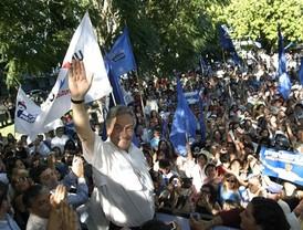 """El régimen de Hugo Chávez """"Echa"""" del país al embajador de Colombia y a todo el personal diplomático de la Misión."""