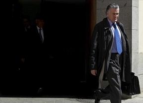 Sigue la guerra 'País vs. PP': Bárcenas habría estado cobrando del partido hasta hace 2 meses
