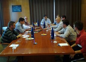 Juan Ávila (PSOE) incorporará las propuestas del Club Deportivo Fátima a su programa electoral