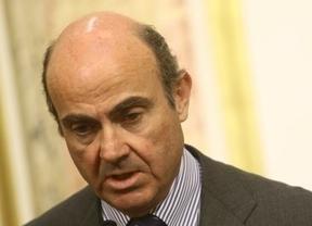 De Guindos avanza otro de los recortes presupuestarios: la inversión pública caerá un 40% en 2012