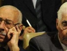 Prisión perpetua en cárcel común para los represores Videla y Menéndez