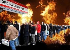 Los 'tuiteros' se niegan a que los parados apaguen incendios