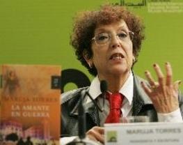 'El País' echa a Maruja Torres de 'Opinión' y la escritora da un portazo al periódico