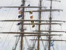 La Fragata Libertad inicia una nueva travesía