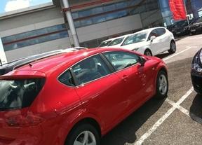 La matriculación de coches, cuesta abajo: 2011 deja un descenso en la compra de vehículos del 17,7%