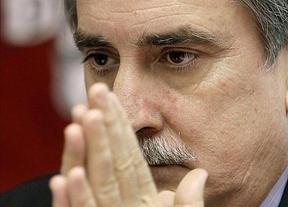 El PSOE, aún más pesimista que el Gobierno: cree que el paro llegará al 30% en 2015