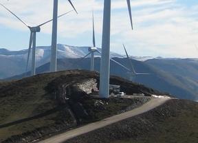 Iberdrola pone en marcha sus dos primeros parques eólicos en Asturias