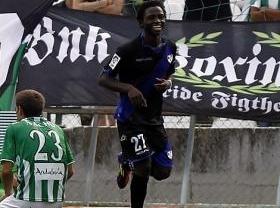 Al otrora poderoso Betis y líder de Primera le parte un Rayo... Vallecano en el Villamarín (0-2)