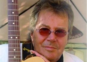 Tony Ronald, una voz clave en el pop español se apaga: muere en Barcelona a los 71 años