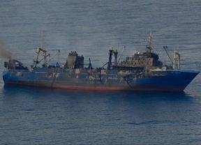 Se hunde un pesquero ruso cargado de fuel frente a las costas de Gran Canaria