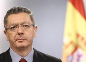 El Gobierno corrige, a medias, la metedura de pata de Gallardón sobre el apoyo del PSOE al voto femenino