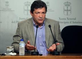 El socialista Javier Fernández gobernará en Asturias con el apoyo de IU y UPyD