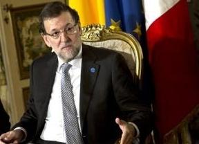 Rajoy trata de evitar la imagen de 'espantada': Mayor Oreja seguirá en política y en el PP