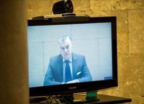 Nuevos datos sobre la supuesta comisión ilegal en Toledo reavivan el caso Bárcenas: El PP dice que son 'falsos'