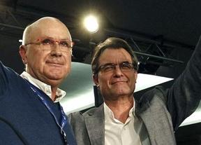 Mas y Duran ratifican la abstención de CiU y piden a Felipe una