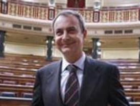 """Zapatero pide a los jóvenes que le dieron la victoria el 14-M que acudan a las urnas """"para  cambiar Madrid"""""""