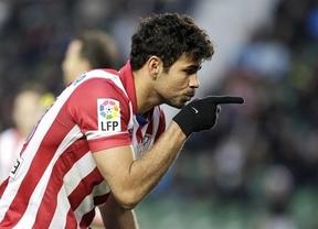 Con muy poco, el Atlético prolonga su épica en Elche (0-2, goles de Koke y Diego Costa)