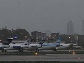 Más de 60 vuelos suspendidos por las cenizas volcánicas