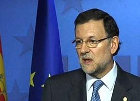 Rajoy responde a Aznar que no moverá su política económica: