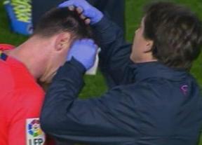 El Valencia intentará localizar y expulsar al autor del botellazo a Messi