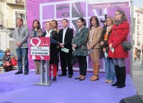 Toledo rinde homenaje a las 43 mujeres fallecidas este año por la violencia de género