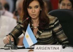 Se inclina la balanza del lado de Clarín: se mantiene la medida cautelar que paraliza la desinversión del Grupo